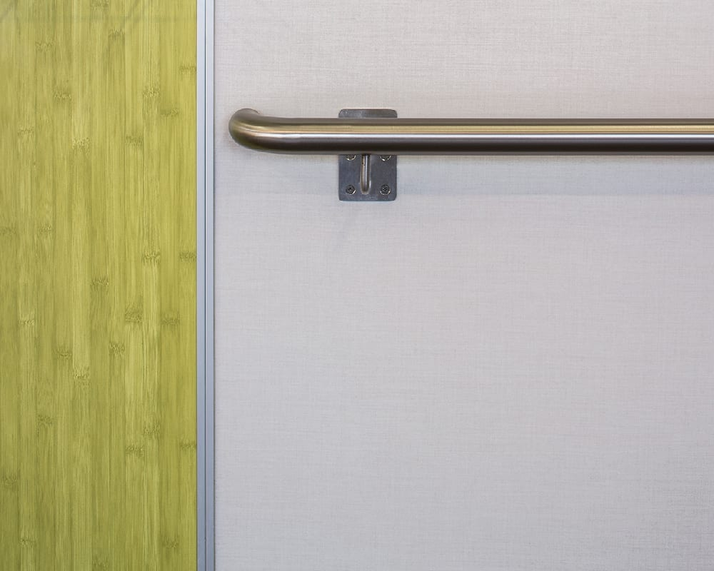 Nevamar Panolam Surface Systems - Labyrinth-security-door-chain